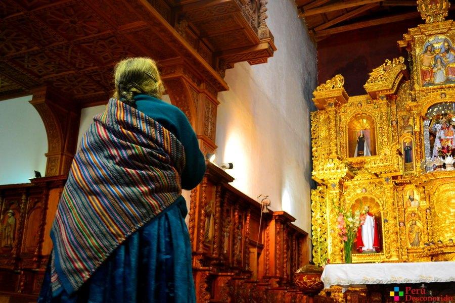 Iglesia de Chacas-devotos
