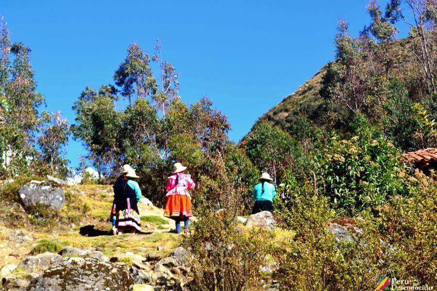 Pobladores de Jancapampa