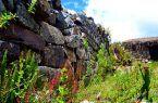Construcciones de piedras en Inka Ragá