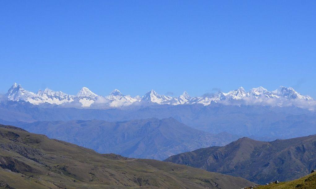 La Cordillera Blanca, vista desde el Capac Ñan en San Luis.